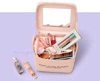 """Concorso """"Naj Oleari Unlocked"""" : vinci gratis 10 VIP Beauty Box Large con 9 prodotti ciascuno"""