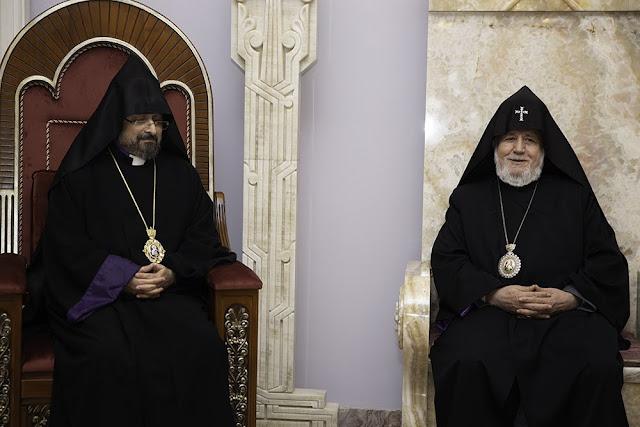 Primera visita del patriarca Sahak II de Constantinopla