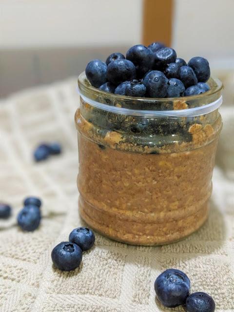 Blueberry Cinnamon Overnight Oats