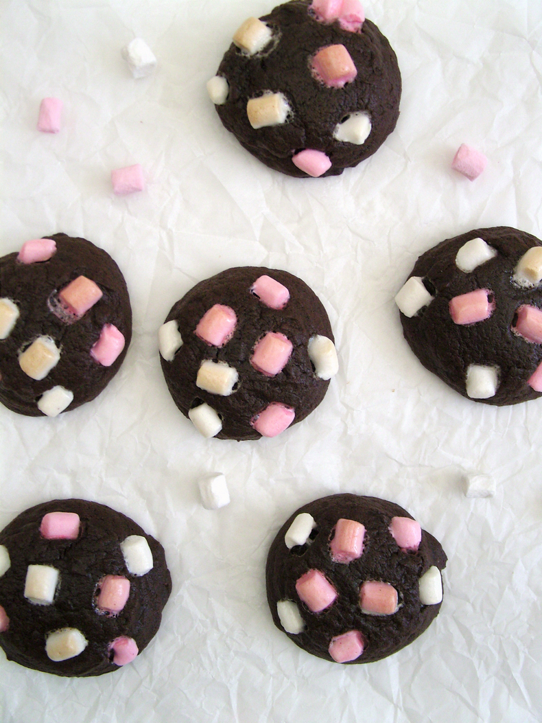Mini marshmallow cookies