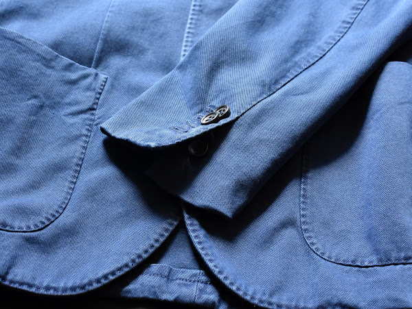 Montedoroのネイビー テーラードジャケット