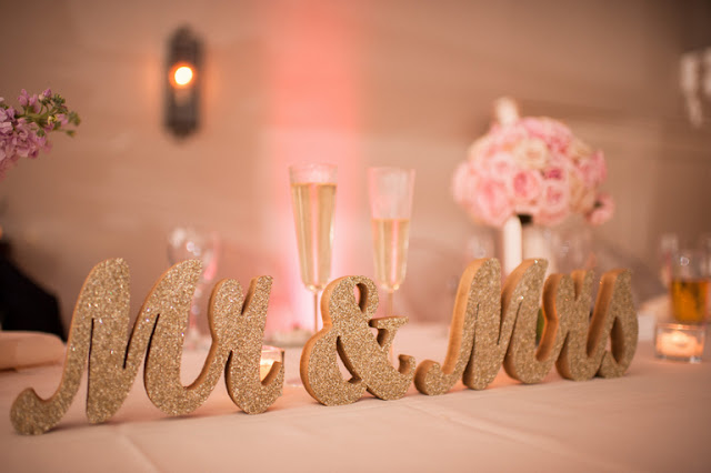 http://www.knotsvilla.com/gold-blush-wedding-kathy-thomas-photography/