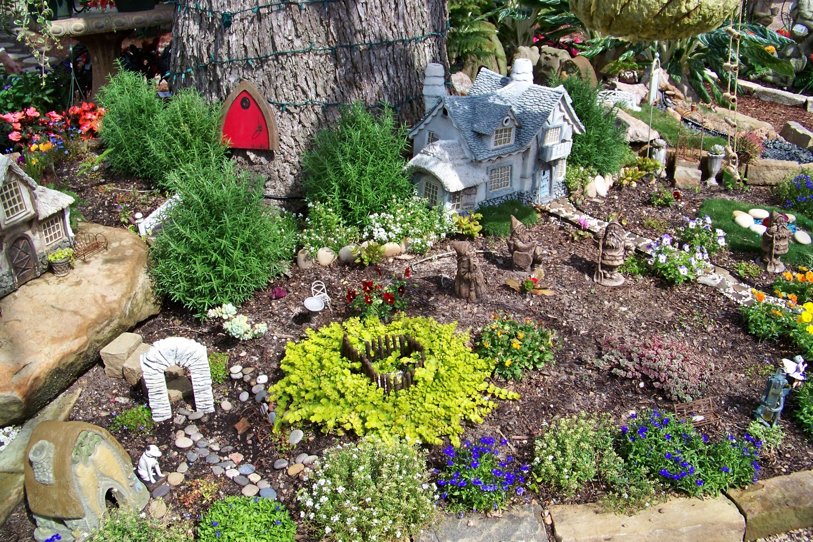 Enchanted Garden: My Heart Lives Here