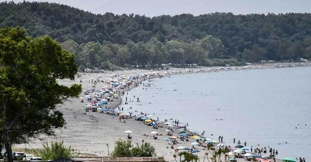 Η πανδημία του κορονοϊού ανέκοψε την ανοδική πορεία που κατέγραφαν στο σύνολό τους τα τουριστικά μεγέθη της χώρας έως το 2019, όπως τονίζεται στη δεύτερη έκδοση των Ετήσιων Εκθέσεων Ανταγωνιστικότητας και Διαρθρωτικής Προσαρμογής στον Τομέα του Τουρισμού των 13 Περιφερειών της χώρας που έδωσε στη δημοσιότητα το Ινστιτούτο του Συνδέσμου Ελληνικών Τουριστικών Επιχειρήσεων (ΙΝΣΕΤΕ).