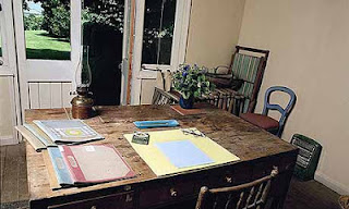 Virginia Woolf dan suaminya membeli sebuah rumah di daerah Sussex pada tahun 1919