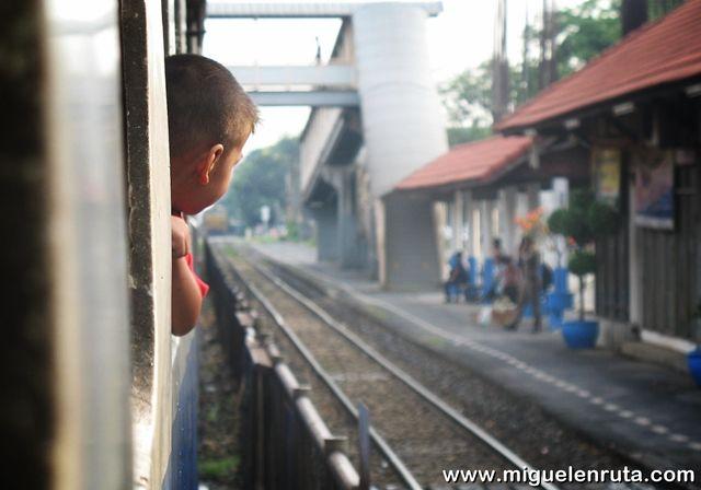 Tren-Bangkok-Ayutthaya