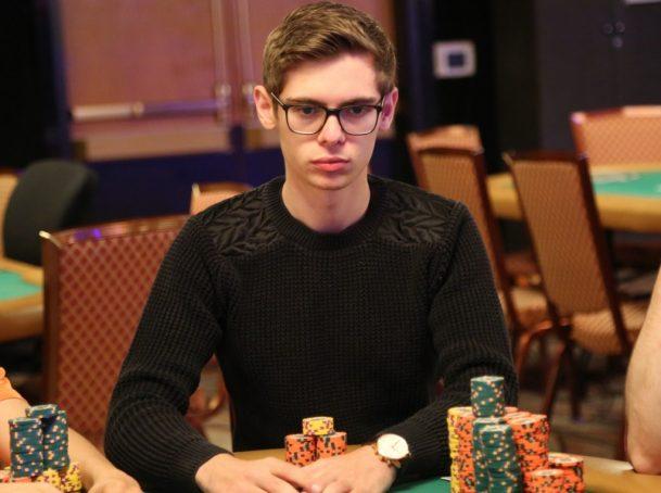 fedor holz pemain poker termudah dan kaya di dunia