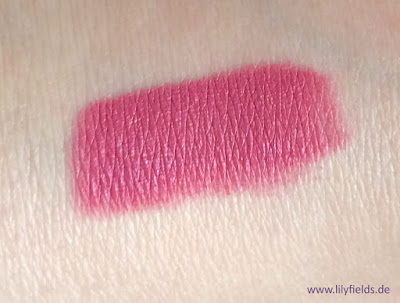 p2 velvet blur lip crayon