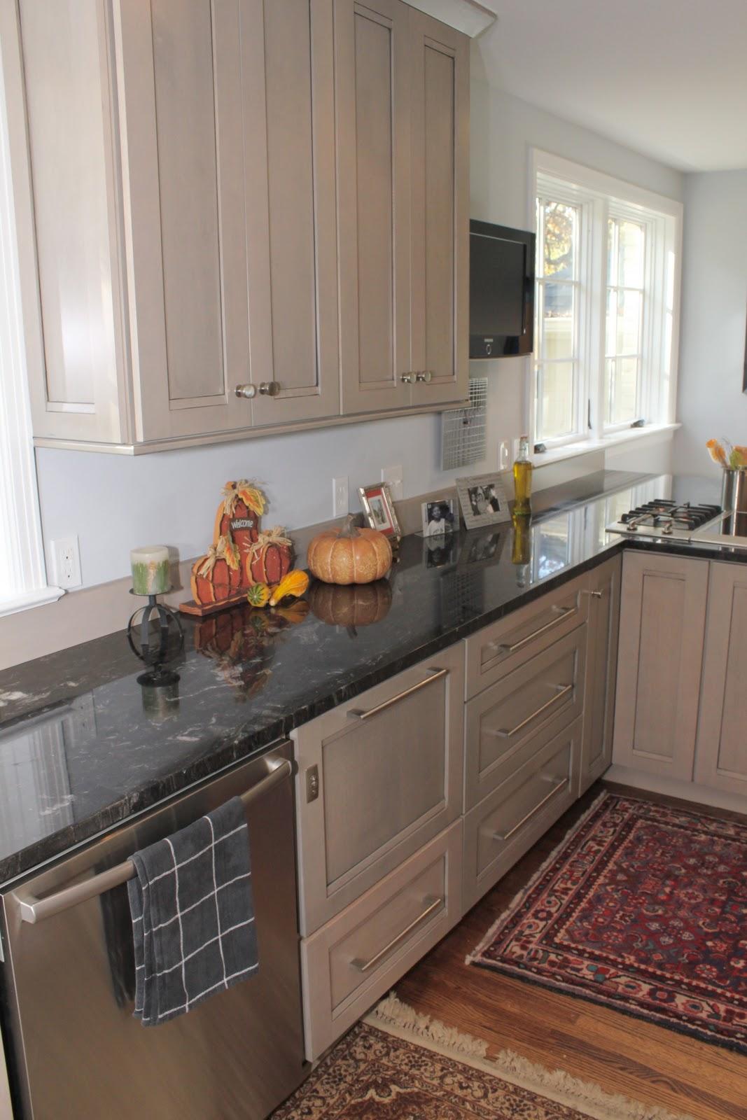 galley kitchen island kitchen design photos 2015. Black Bedroom Furniture Sets. Home Design Ideas