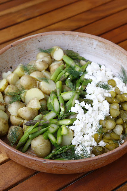 New-Potato-and-Asparagus-Salad