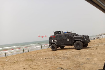 Police storm beaches in Accra to enforce COVID-19 restrictions on Easter Friday