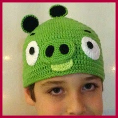 GORRO BAD PIG DE ANGRY BIRDS
