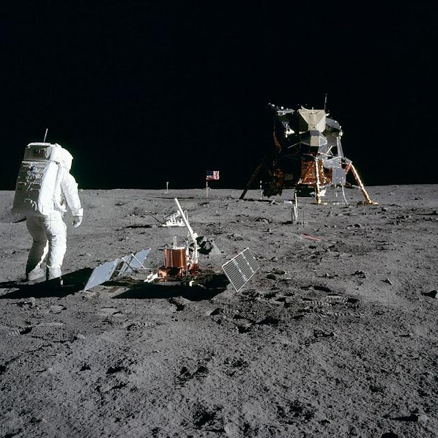 [Viajando na História] O mês de Julho na História - Primeiro pouso na Lua