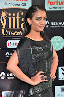 Akshara Haasan in Shining Gown at IIFA Utsavam Awards 2017  Day 2 at  39.JPG