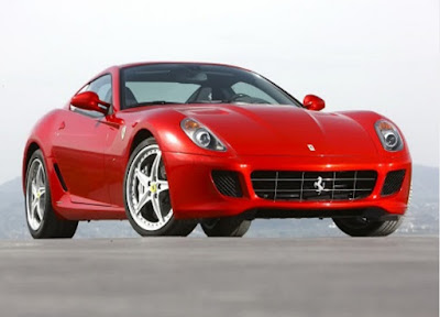 Jenis-Jenis Mobil Ferrari Terbaru dengan Harga yang Selangit
