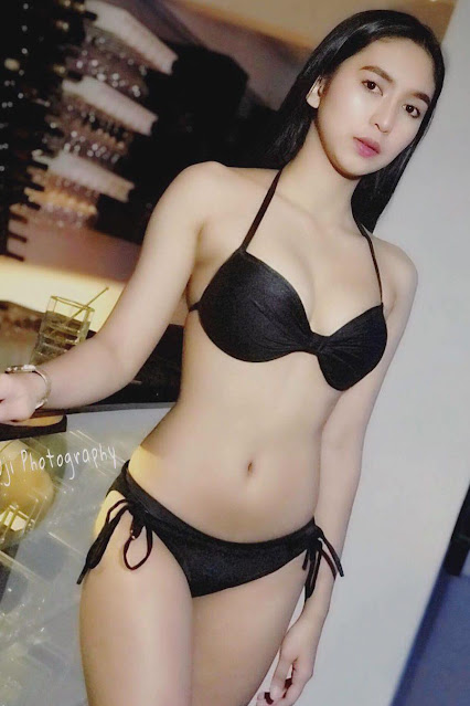 Hot and sexy photos of beautiful asian hottie chick booty Pinay freelance model Andrea David photo highlights on Pinays Finest sexy nude photo collection site.