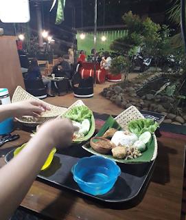 Wisata Lampung-10 Rekomendasi Tempat Kuliner Hits Dan Populer Di Pringsewu Lampung