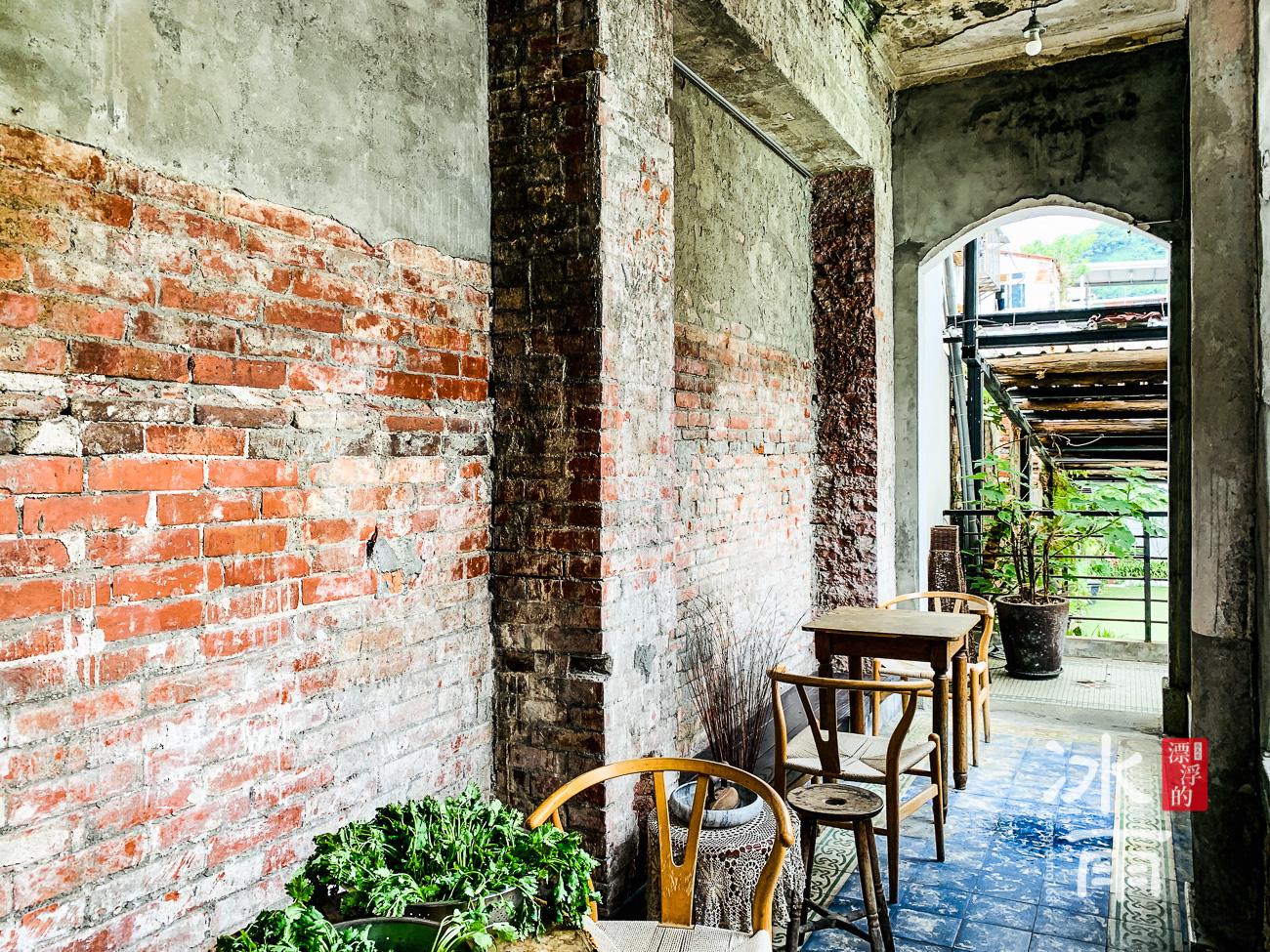 現代不一定好,舊的東西也不一定不好,有歷史性的建築物很多東西都被保留了下來