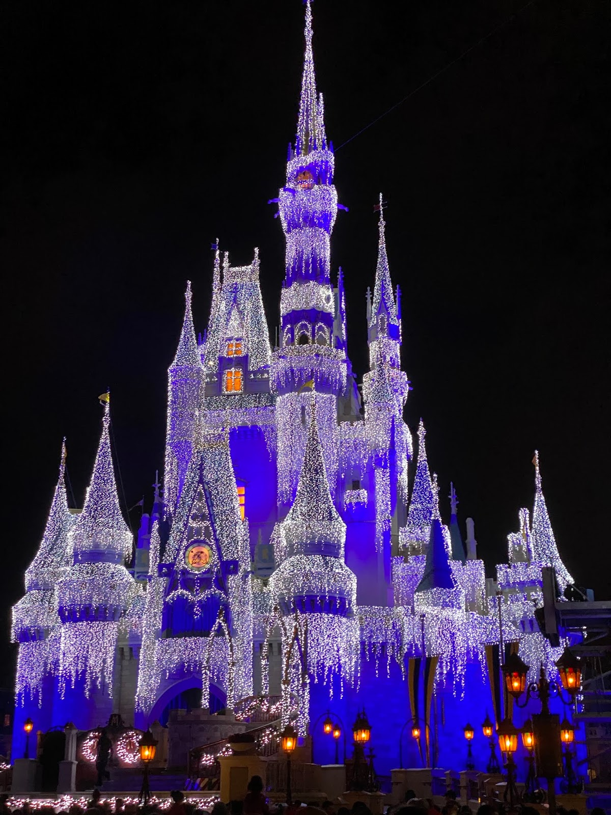 Ultimate Disney Christmas Package 2020 jillgg's good life (for less) | a west michigan style blog: Disney