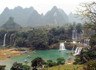 Cao Bằng tổ chức lễ hội du lịch Thác Bản Giốc lần thứ nhất