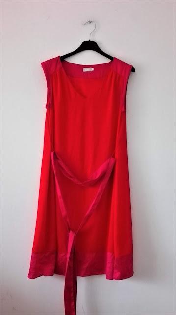 czerwono-rozowa-sukienka-swap-wroclaw-be
