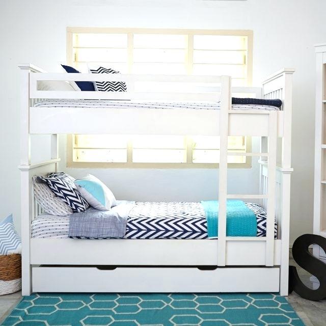 60 Desain Kamar Tidur dengan Lemari untuk Kamar Sempit ...