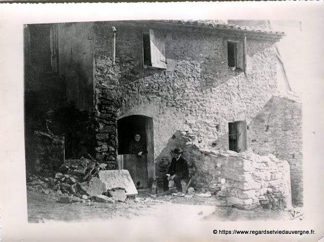 photo ancienne ferme en Auvergne