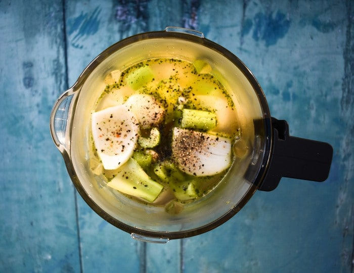 creamy cauliflower soup ingredients in blender jug