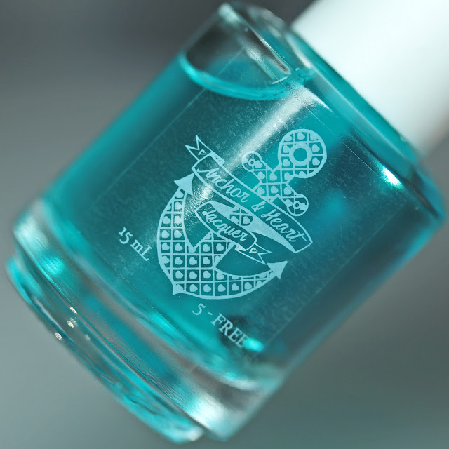 Anchor & Heart Lacquer Iron Anchor Bubble Trouble