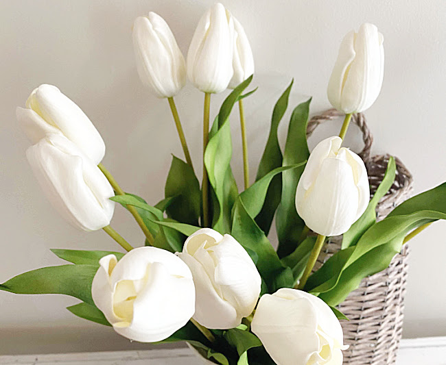 Decorating with Artificial Flowers