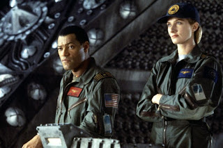 event horizon-laurence fishburne-joely richardson