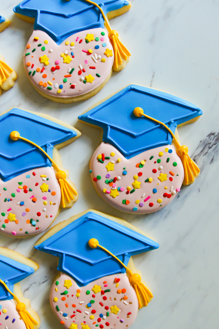 how to make One Smart Cookie decorated graduation cookies