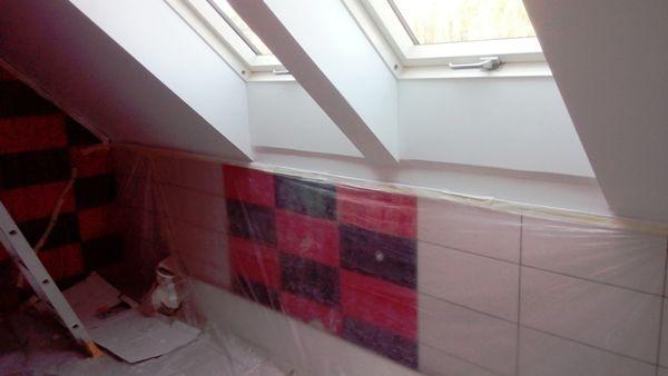 okna dachowe w łazience na poddaszu