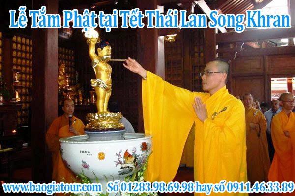 lễ tắm phật tại Tết Thái Lan Song Khran