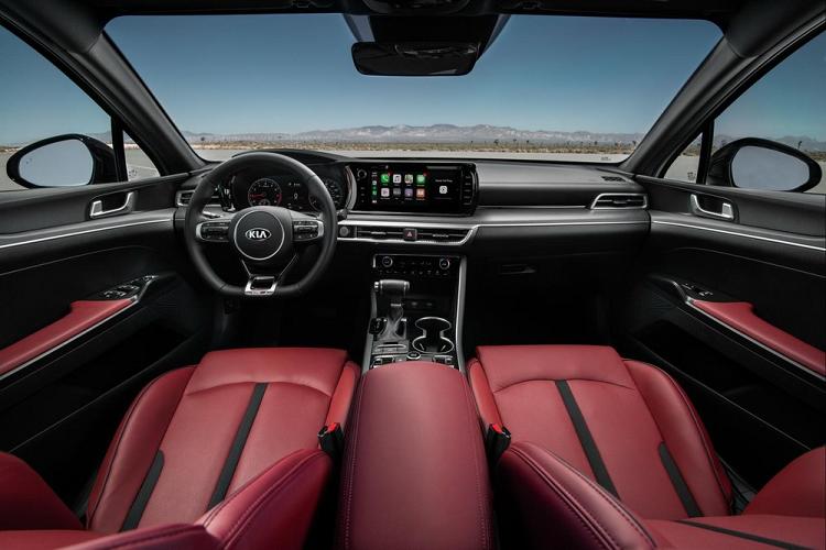 Kia K5 2021 động cơ tăng áp 2.5L, 'đối thủ' Toyota Camry