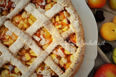 foto Ricetta torta con frutta mista di stagione per bambini