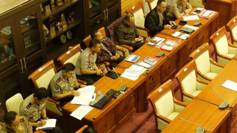 Deretan jenderal polisi yang menemani Komjen Tito Karnavian di DPR