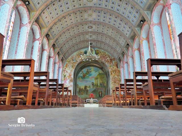 Vista artística do interior da Paróquia Santa Cândida - Vila Santa Eulália - São Paulo