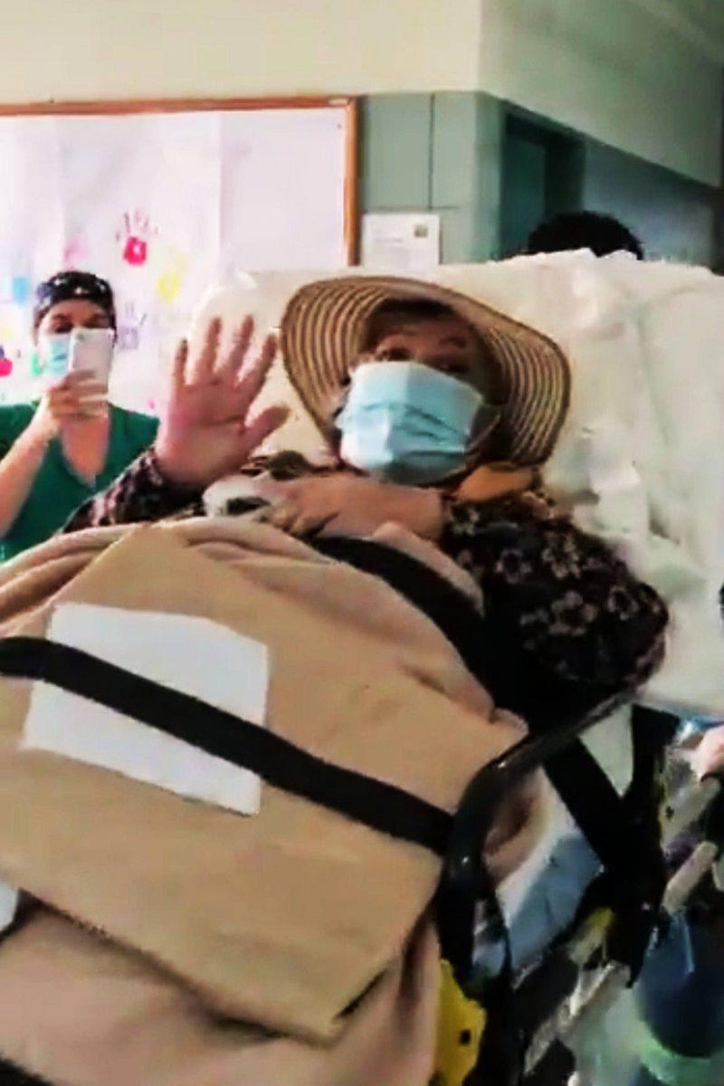 Profesora de matemáticas de escuela rural salió de hospital tras 91 días