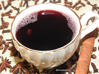 Vin fiert cu scortisoara cuisoare si anason reteta taraneasca traditionala de casa romaneasca retete culinare bautura alcoolica calda si dulce pentru Craciun si iarna cu vin de butuc natural bun ca remediu naturist la raceala si gripa,