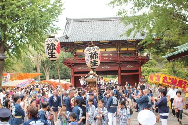 Nezu-jinja Reitai-sai, Nezu-jinja Shrine, Bunkyo-ku, Tokyo
