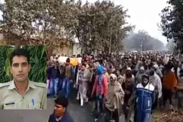 constable-ankit-tomer-martyr-in-kairana-up-last-ritual-news-in-hindi