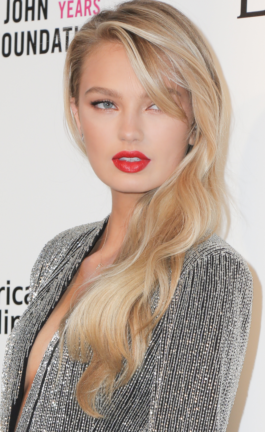 Romee Strijd 2017 Elton John AIDS Foundation Oscar Party
