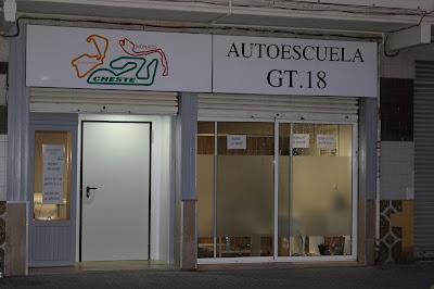 Contactar con Autoescuela GT.18