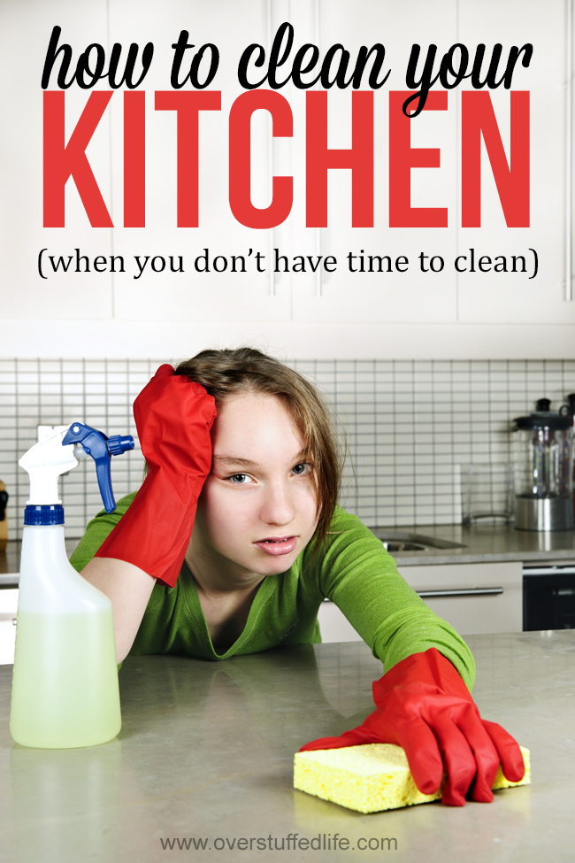 clean kitchen | no time to clean | cleaning the dishes | cleaning the kitchen | how to clean the kitchen fast | 5 strategies to keep your kitchen super clean