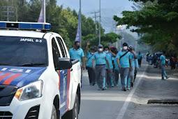 Personil Polresta Jayapura Kota Gelar Jalan Santai Jaga Daya Tahan Tubuh di Masa Pandemi Covid-19