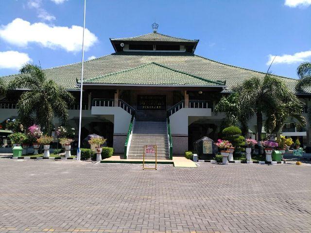 Masjid Sudirman, Kompleks Kodam Udayana, Denpasar, Bali
