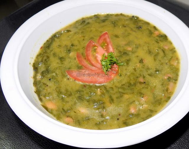 spinach curry/पालक भाजी