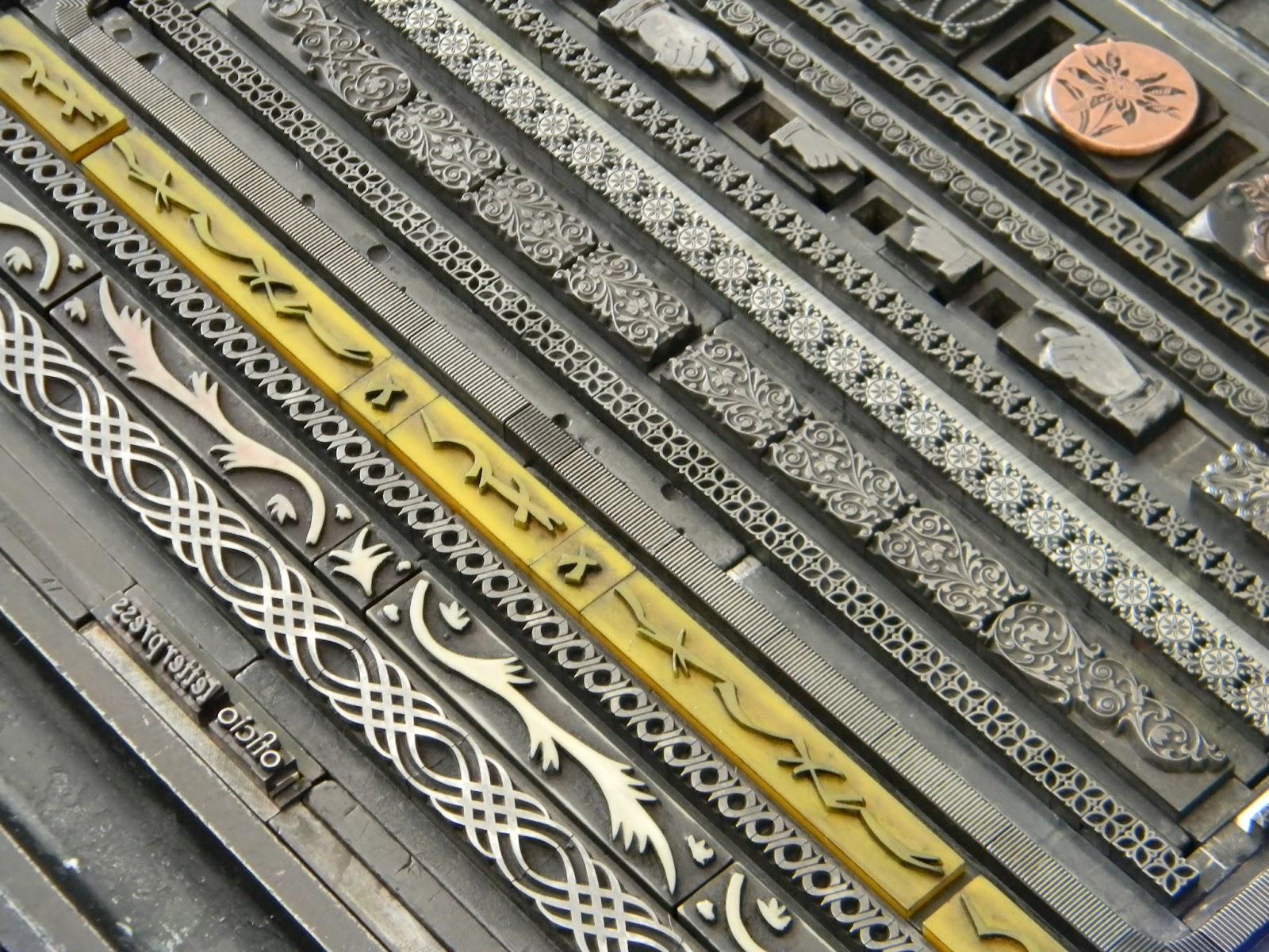 Oficio Vi Etas Y Orlas Ornaments And Borders  ~ Escuela Superior De Diseño De Valencia