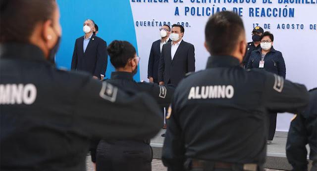 Entregó Luis Nava 22 certificados de bachillerato a Policías de Reacción de la SSPM